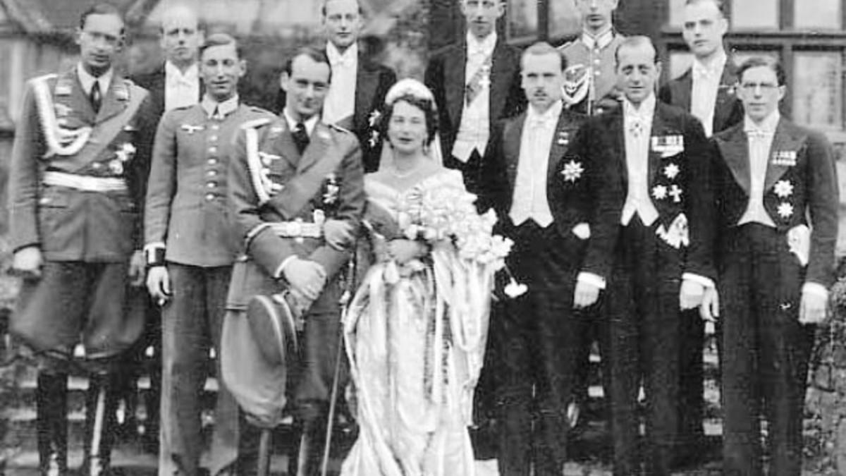 Le Grand-duc Wladimir au mariage de sa soeur Kira avec le prince Louis-Ferdinand de Hohenzollern, 1938