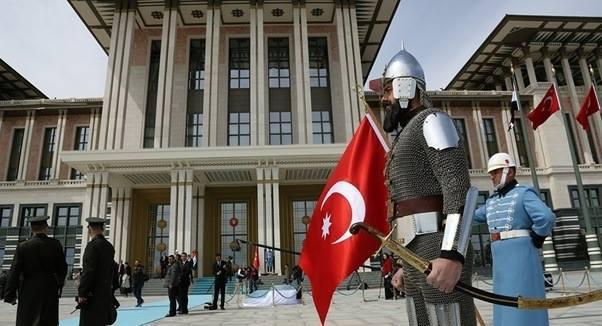 Gardes ottomans aux abords du palais présidentiel