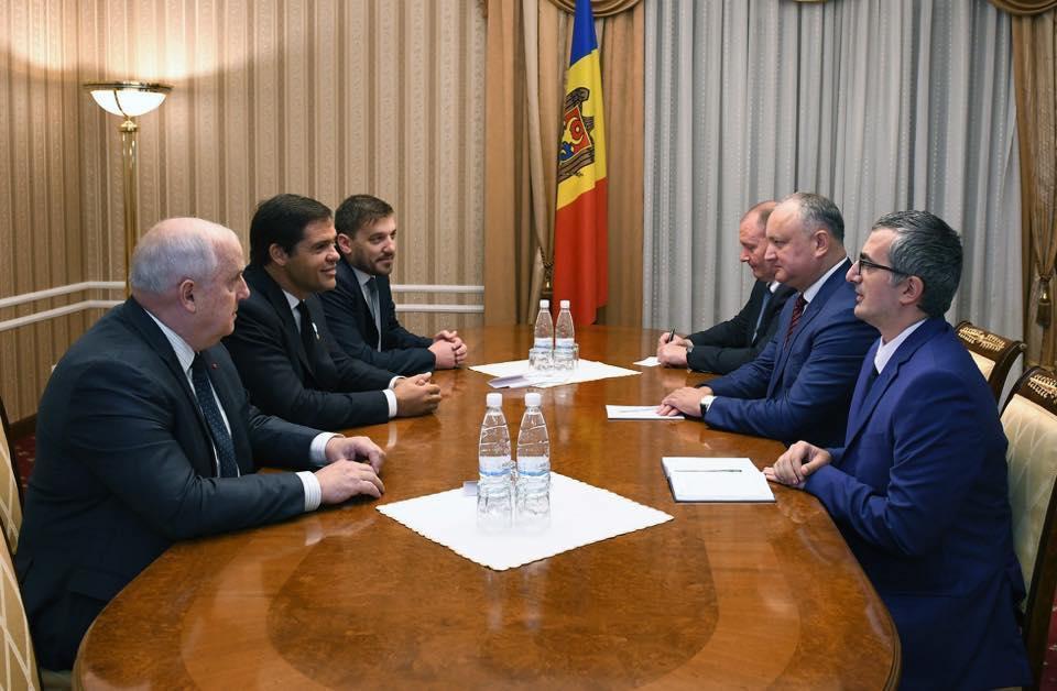 Louis de Bourbon et le président moldave Dodon