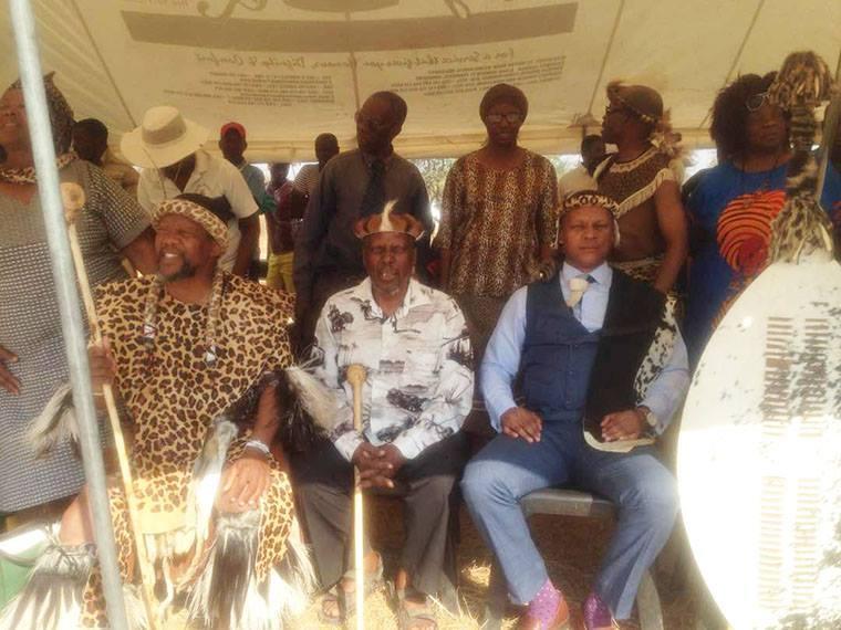 Le roi Bulelani Lobegula II