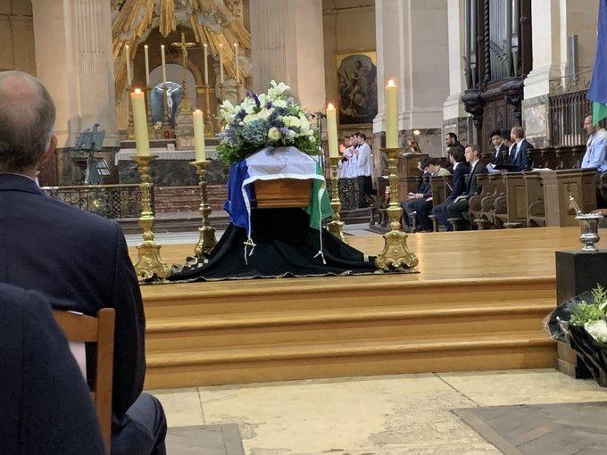 Cercueil de raspail boulevard voltaire 1