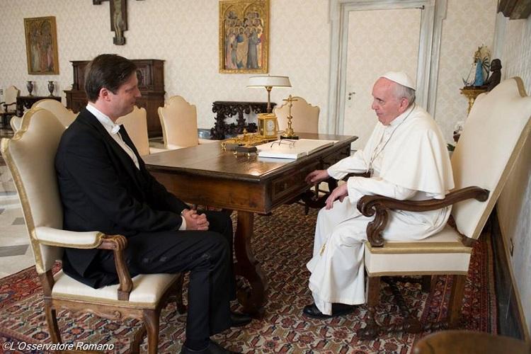 Edouard de habsbourg lorraine recu par le pape francois L'Osservatore Romano