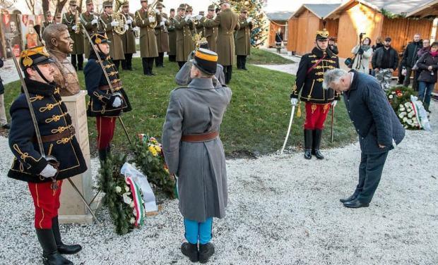 Hommage du gouvernement a l empereur roi charles ier en 2016
