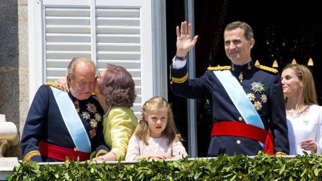 Juan carlos et felipe le jour de son abdication en 2014