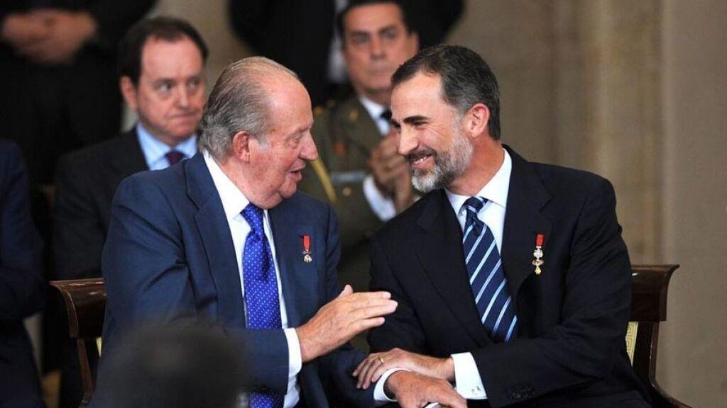 Juan carlos et felipe un pere un fils deux rois