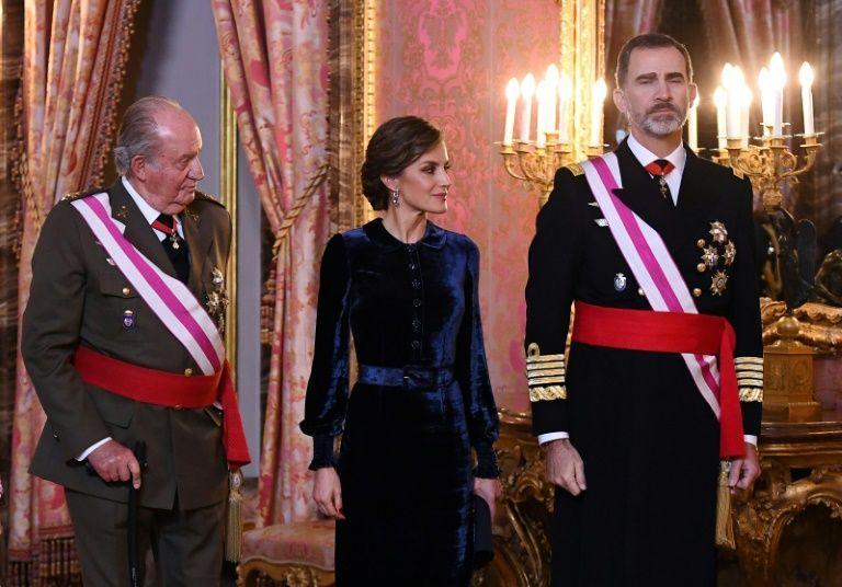 Juan carlos ier la reine letizia et le roi felipe vi