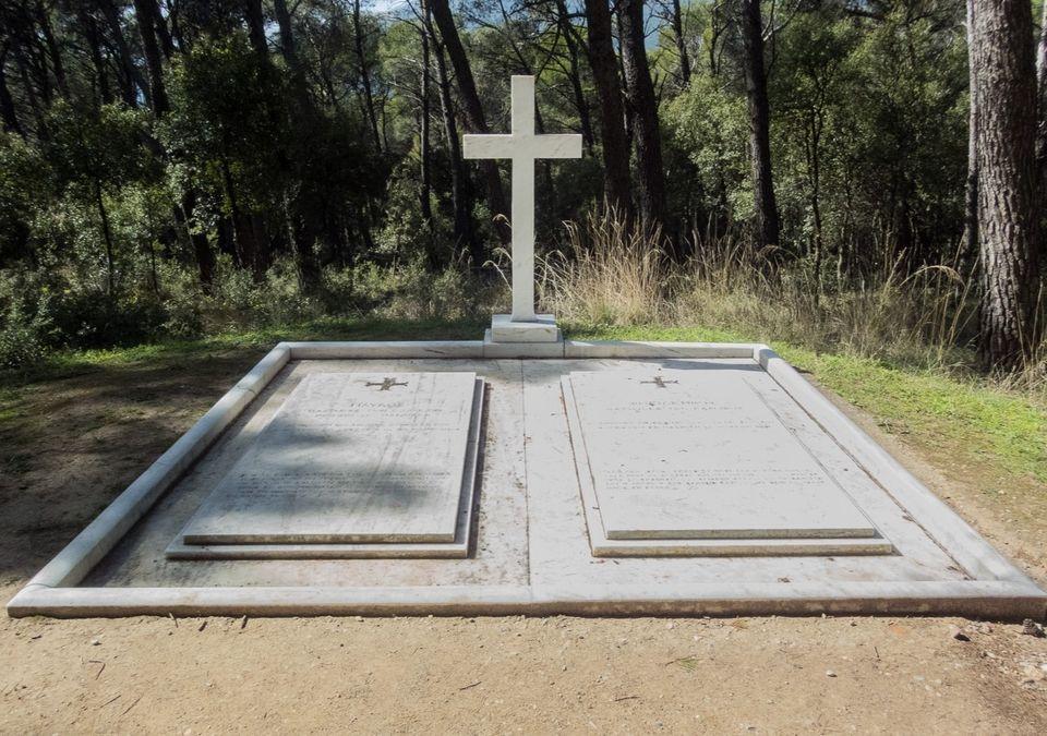 La tombe royale du roi et de la reine de grece