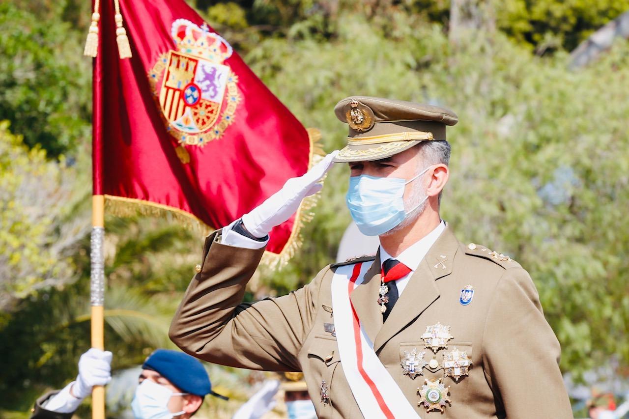 Le roi felipe vi preside la ceremonie du 100eme anniversaire de la legion