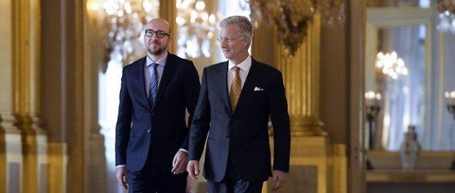 Le roi Philippe et le premier ministre Charles Michel