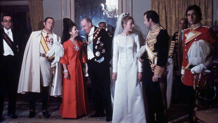 Mariage du prince alphonse avec carmen martinez bordiu