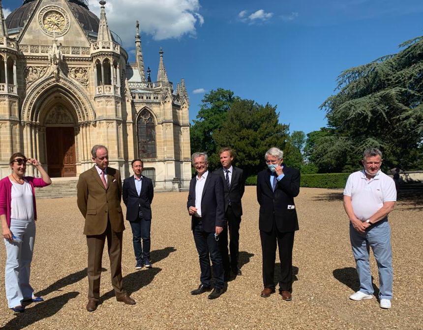 Le prince Jean avec la délégation de la région Centre Val de Loire Photo gerard hamel