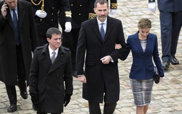 Premier ministre valls recoit le roi et la reine d espagne