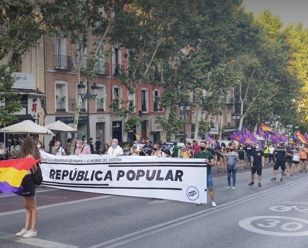 Marche républicaine à Madrid