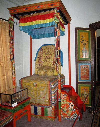 Trone royal de mongolie