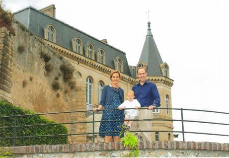 Le comte de Paris et son épouse Photo Charles & site Gens de France