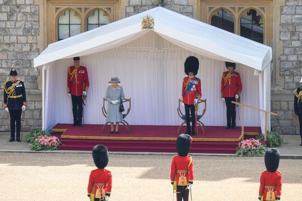 La reine au  Trooping of the colour