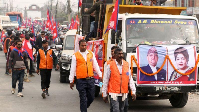 Les royalistes manifestent au Népal