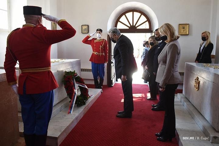 Hommage du gouvernement au roi Nicolas Petrovi?-Njegoš
