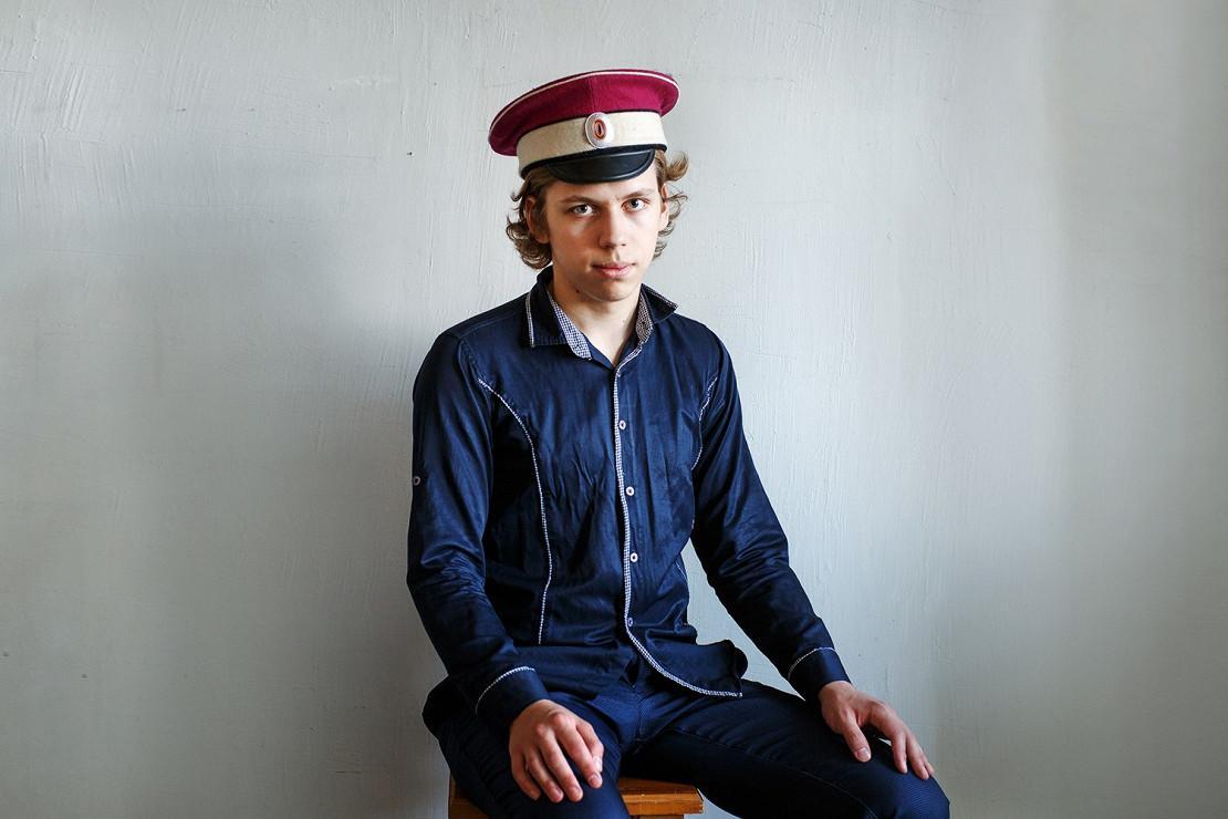 Evgueni, 16 ans, monarchiste