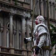 Louis XVI retiré de Jefferson Square