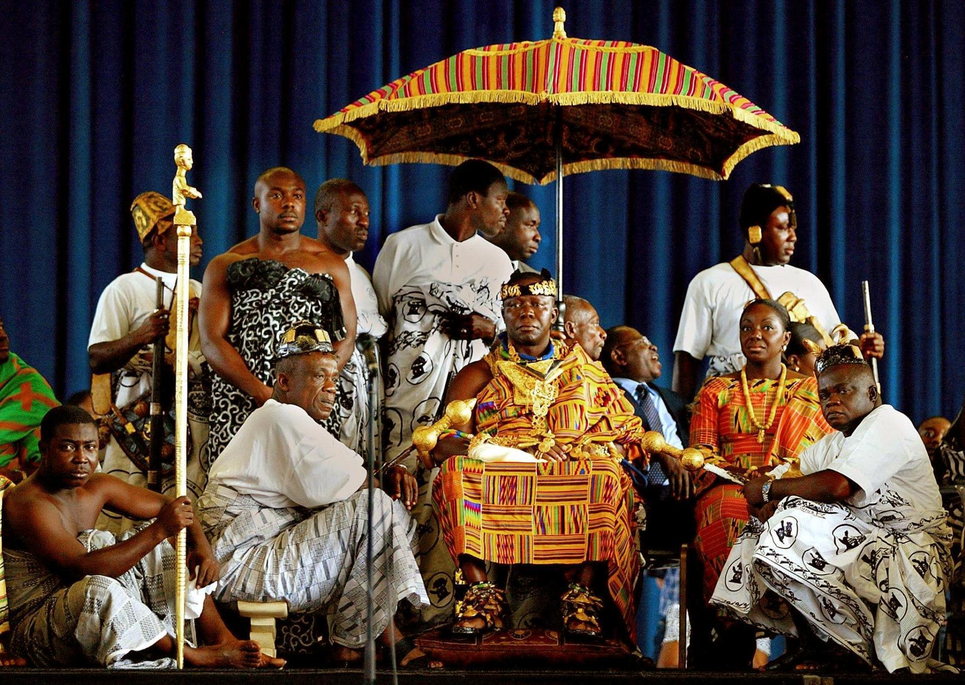 Asantehene Omtufuo Osei Tutu II