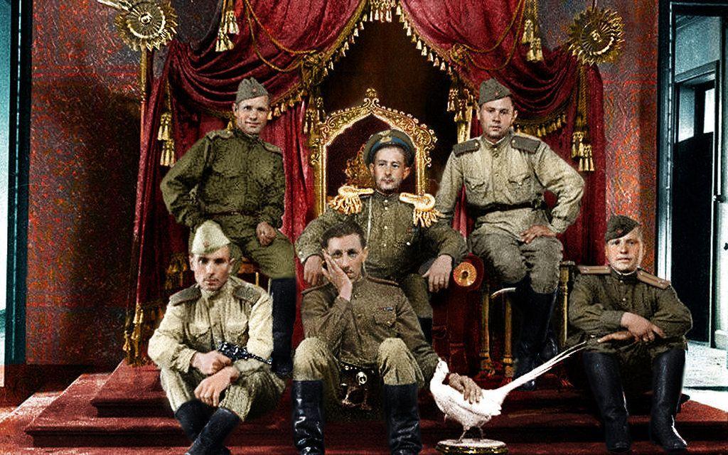 Les soviétiques sur le trône de Pu Yi