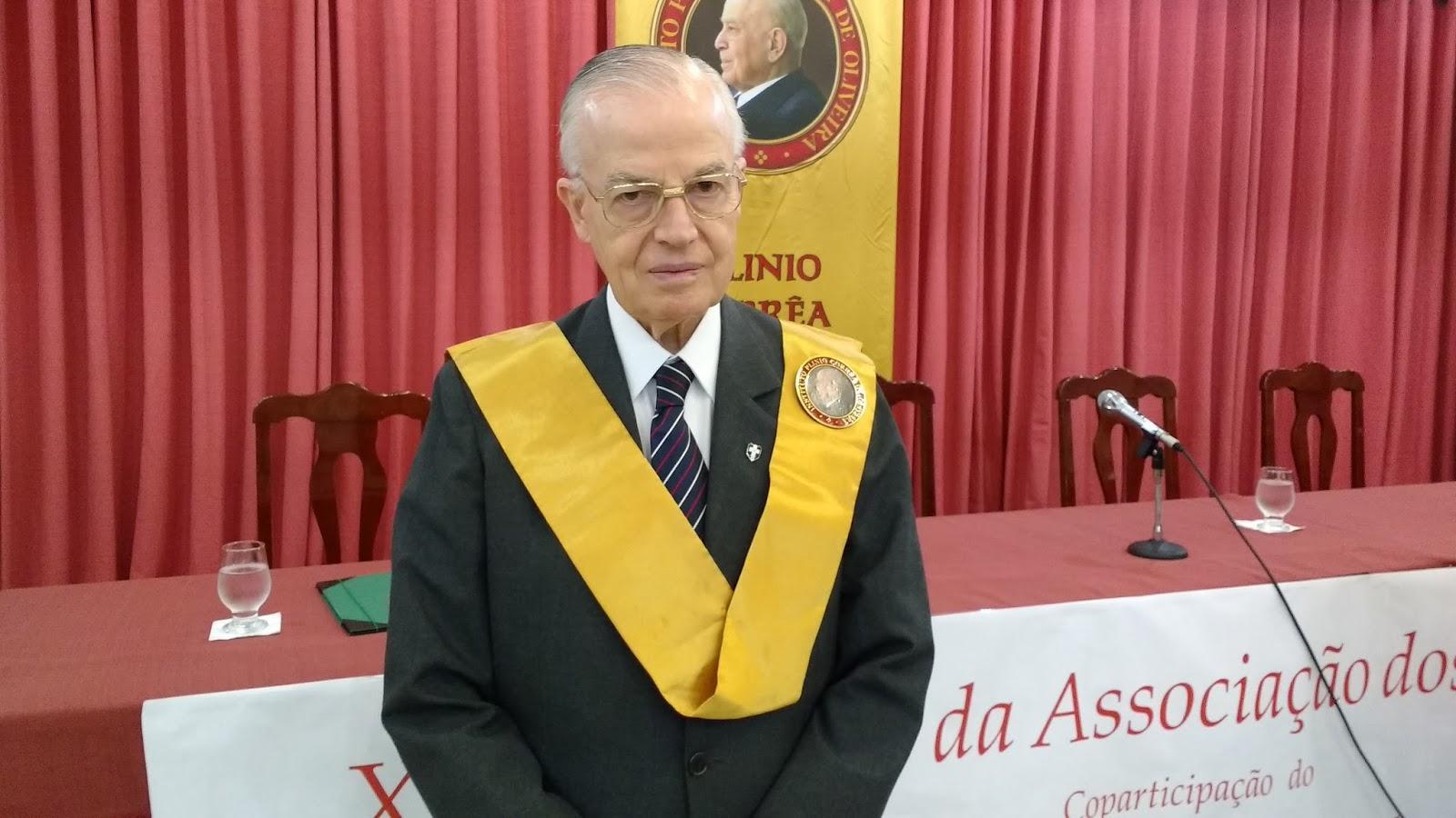 Dom Bertrand , membre de la TFP