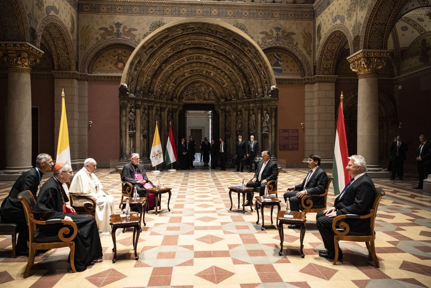 Rencontre entre le Pape François et Viktor Orban