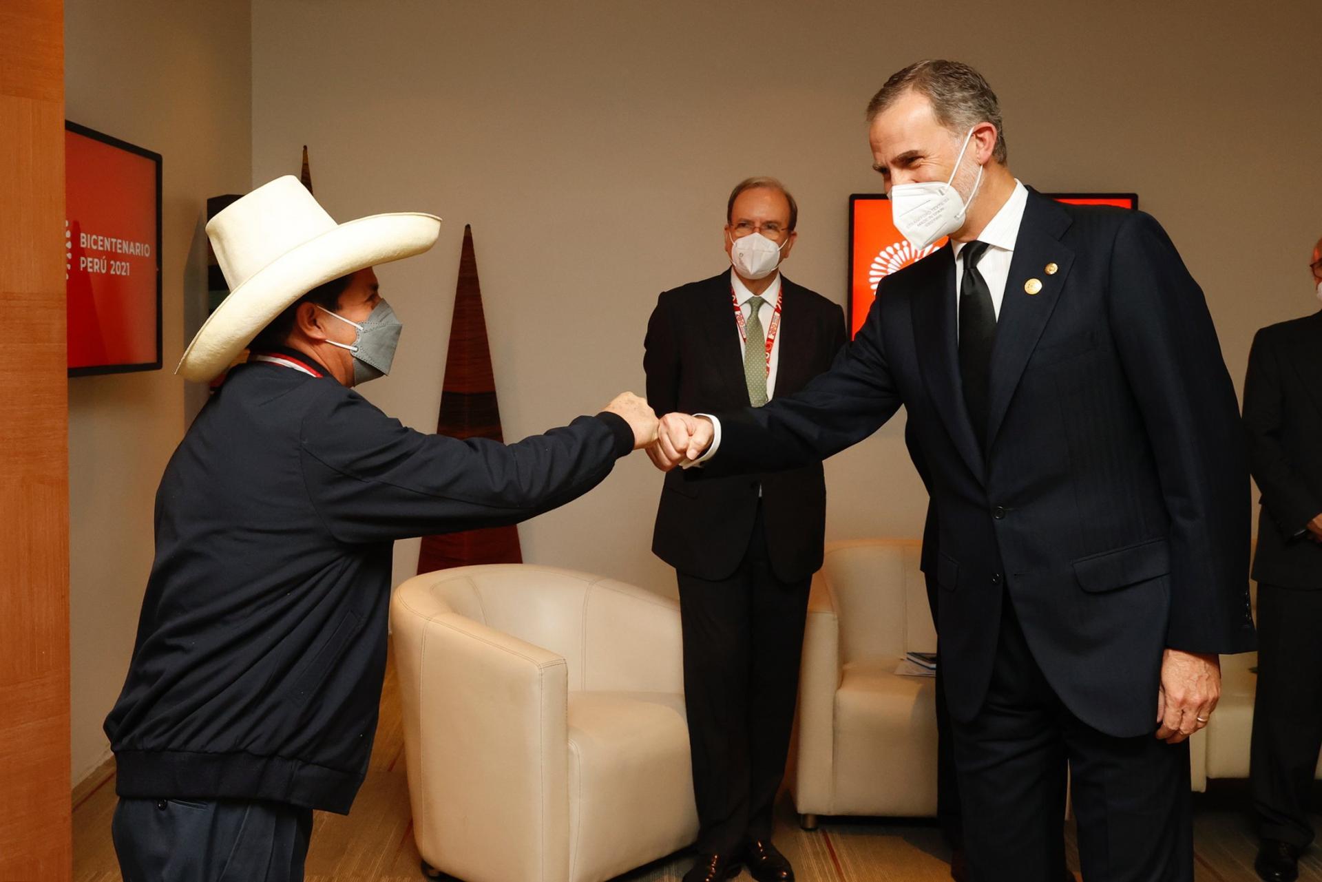 Pedro Castillo et le roi Felipe VI
