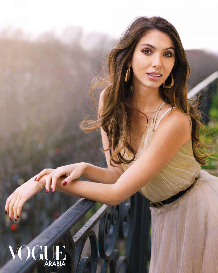 Noor Pahlavi, mannequin pour Vogue.