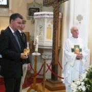 Georg son fils karoly konstantin et la sainte relique de sainte etienne