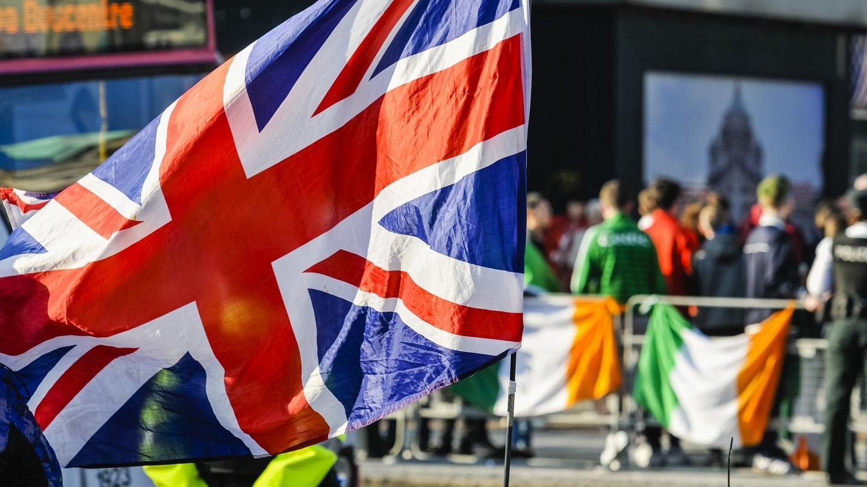 Drapeau britannique versus celui de l'Irlande