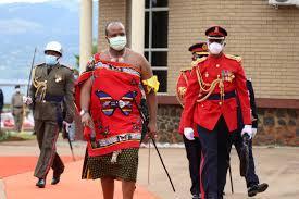 Le roi mswati iii ouvrant la 3eme session parlemantaire