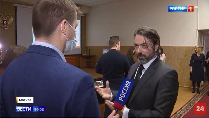 Le prince Murat interviewé.