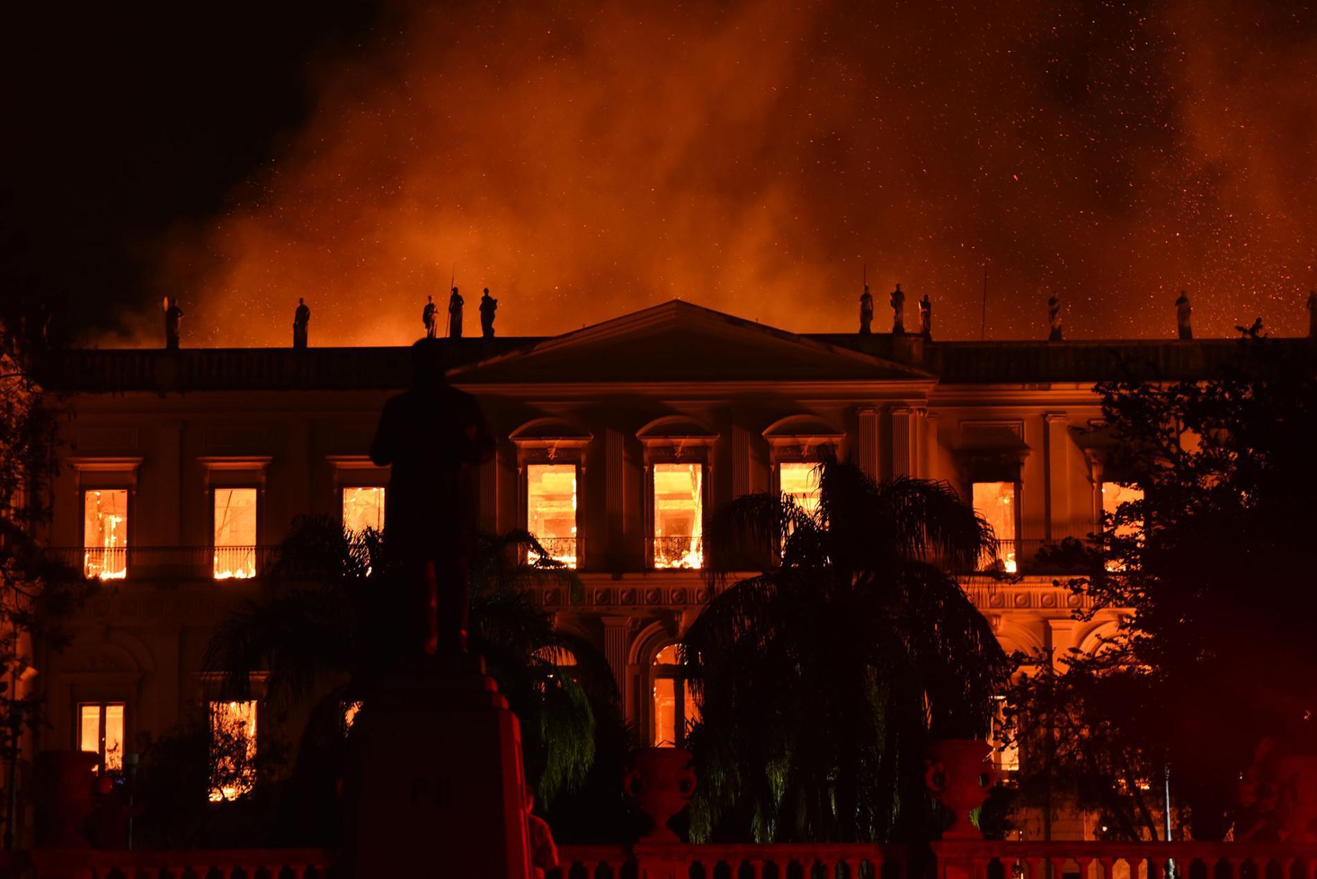 musée national de l'université fédérale de Rio de Janeiro détruit en 2018