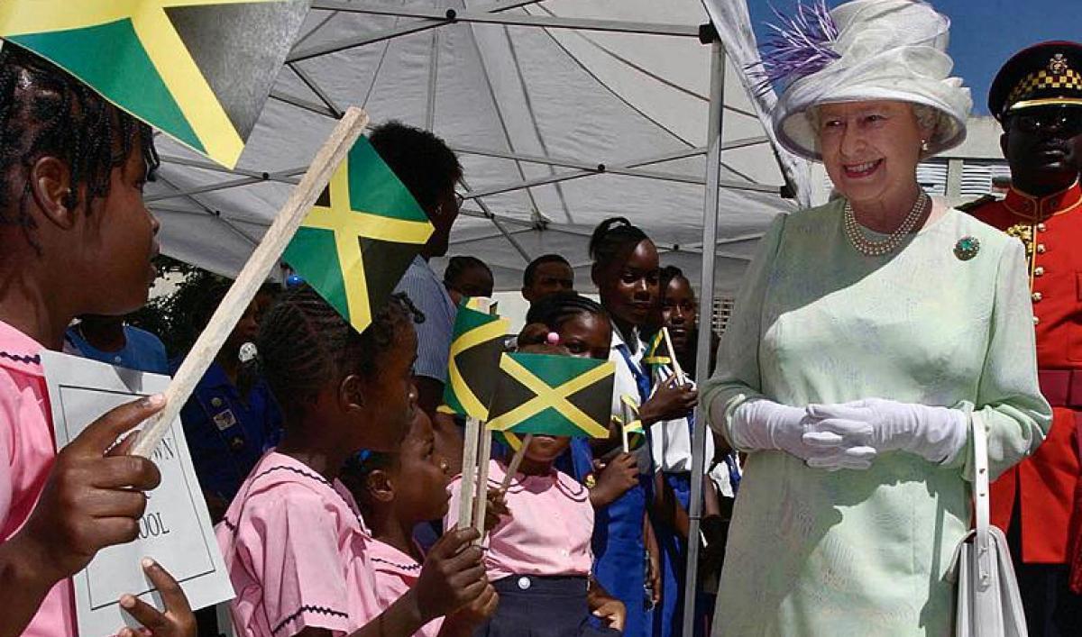 La reine Elizabeth  à la Jamaïque