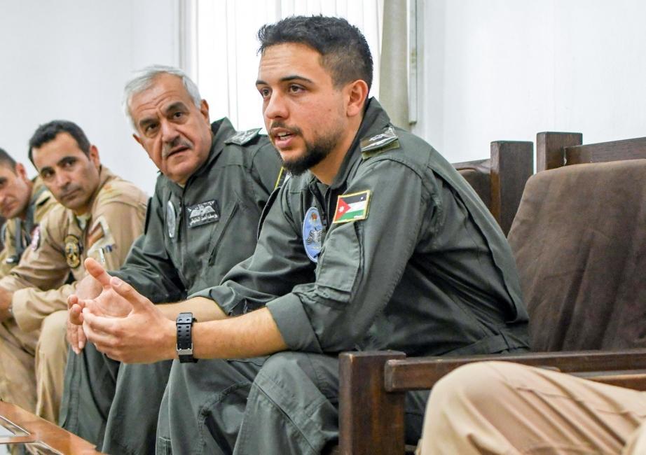 Prince héritier Hussein, un officier militaire comme les autres
