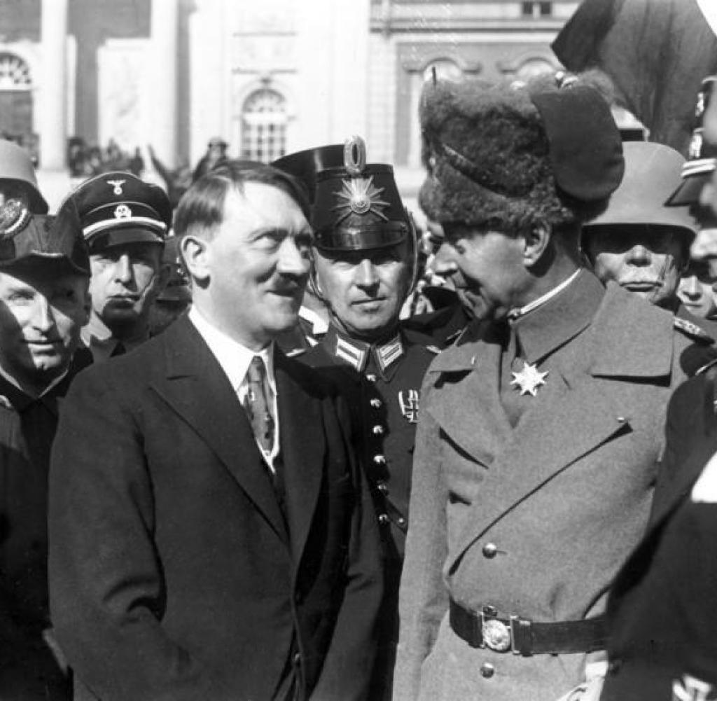 Adolf Hitler et le Kronprinz wilhelm
