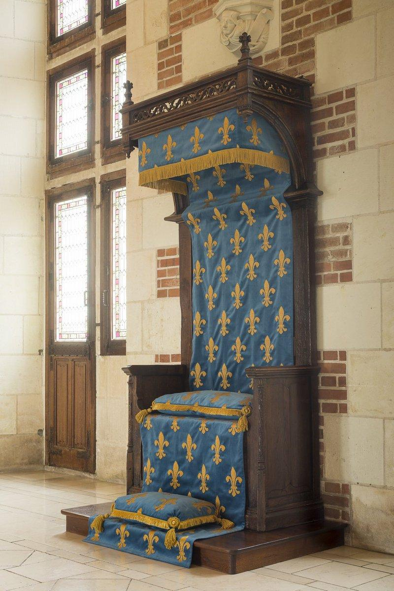 Trone capetien au chateau d amboise